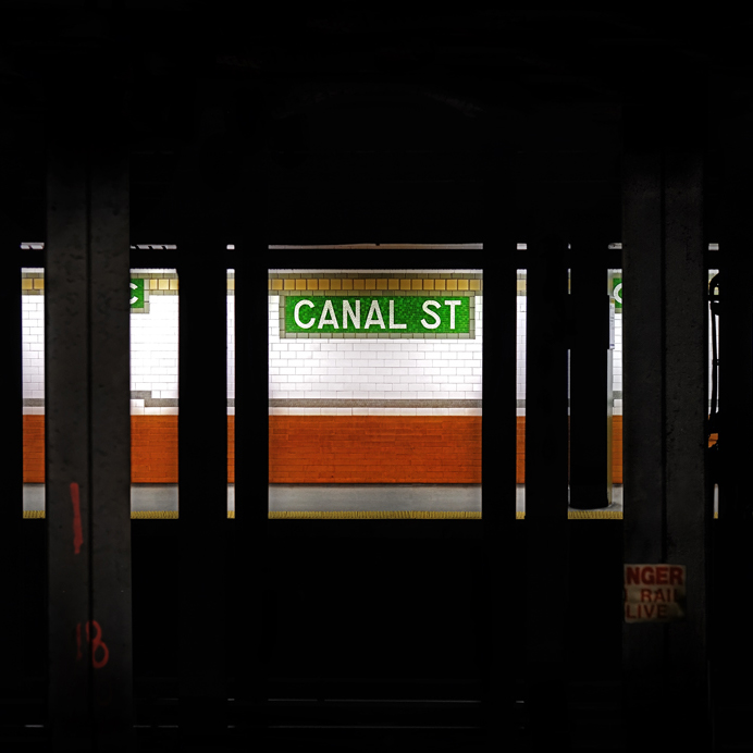 "Luc Dratwa ""Canal One II"" thumbnail"