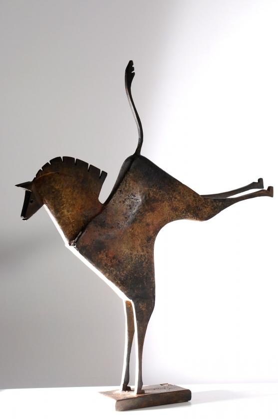 Caballo Krobis, side - Carlos Mata - Leonhard's Gallery
