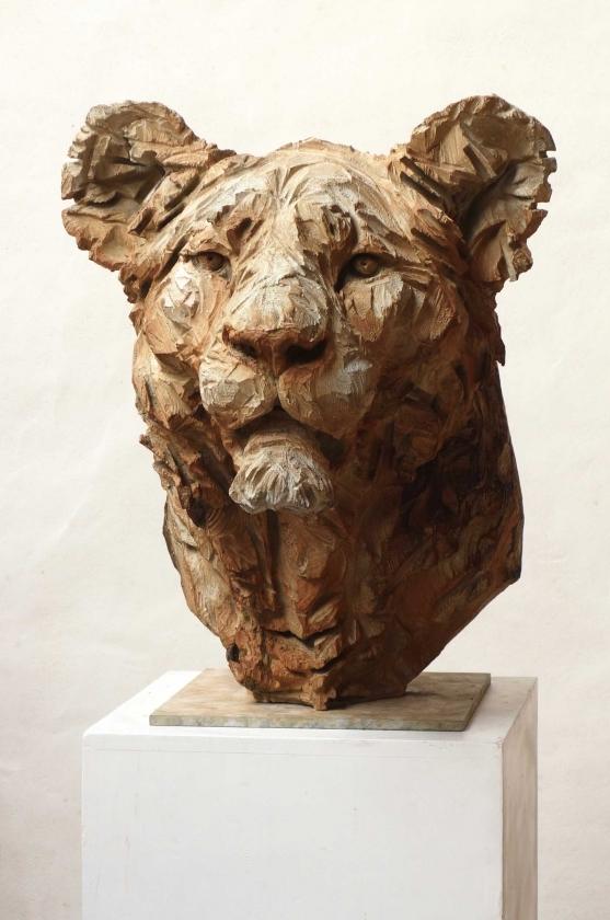 Jürgen Lingl-Rebetez - Buste-De-Lionne,-2017 - Leonhard's Gallery