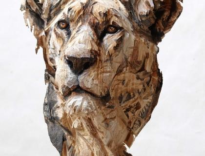 Buste De Lionne, front side - Jürgen Lingl-Rebetez - Leonhard's Gallery