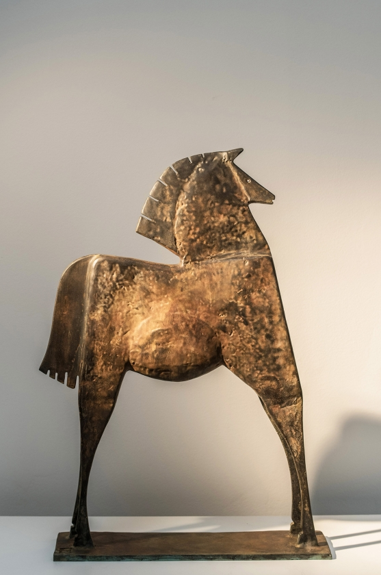 Caballo Hileo, Back - Carlos Mata - Leonhard's Gallery
