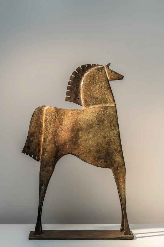 Caballo Iresios, Back - Carlos Mata - Leonhard's Gallery