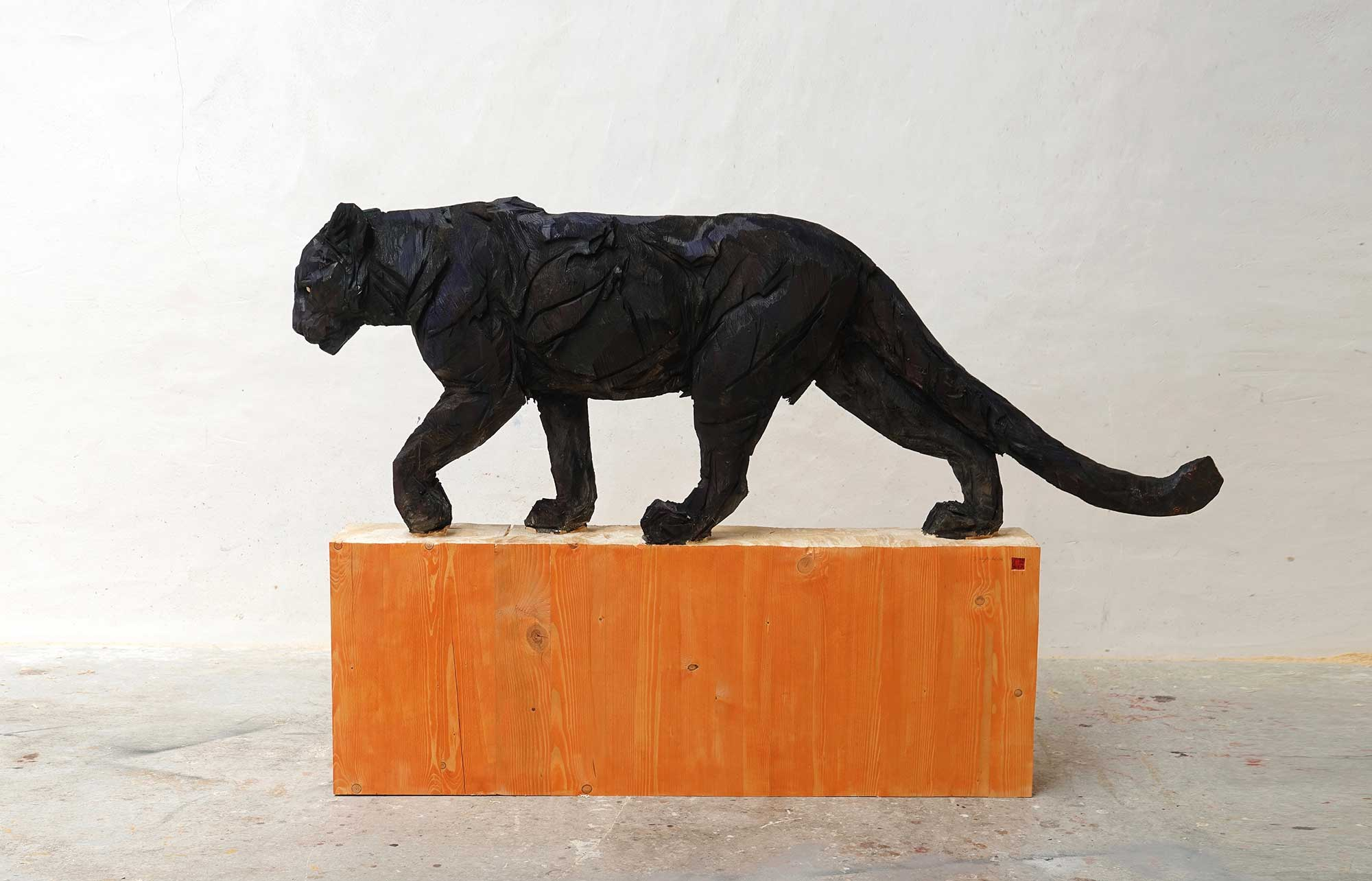 Black Walking Panther - Jürgen Lingl-Rebetez - Leonhard's Gallery