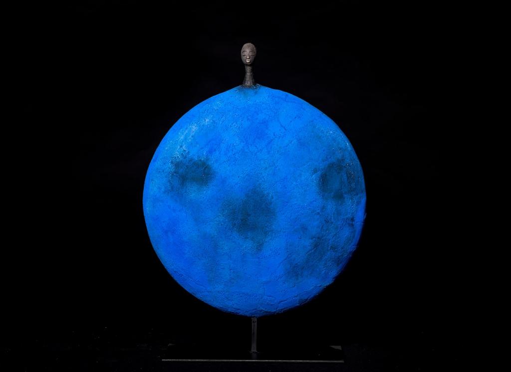 Blue Circle I - Etiyé Dimma Poulsen - Leonhard's Gallery