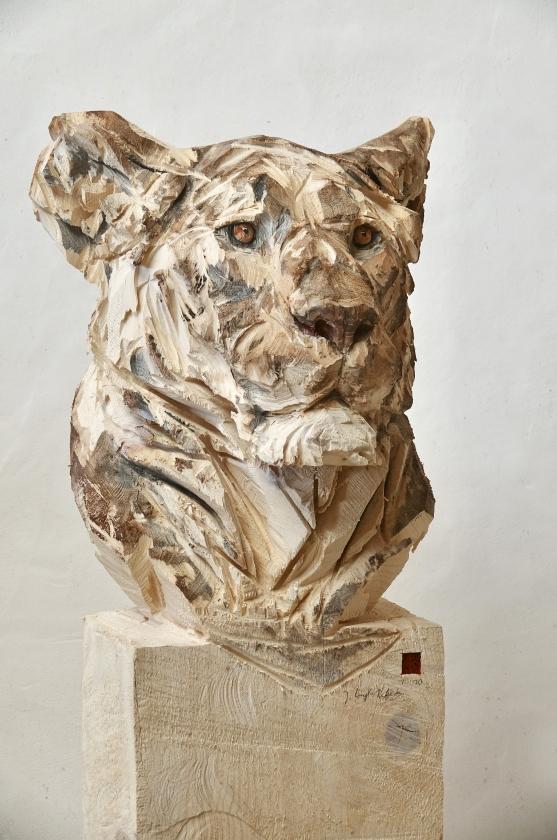 Buste de lionne - Jürgen Lingl - Leonhard's Gallery