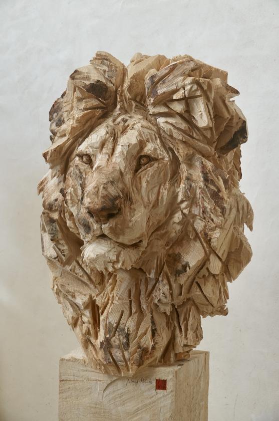 Buste De Lion - Jürgen Lingl - Leonhard's Gallery