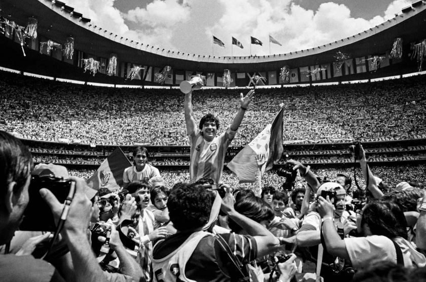 Diego Maradona - David Yarrow - Leonhard's Gallery