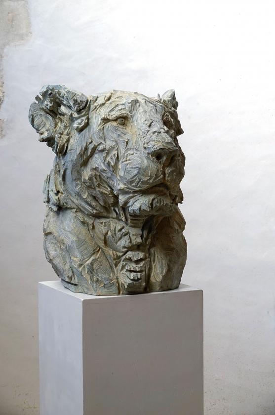 Buste De Lionne , Bronze - Jürgen Lingl - Leonhard's Gallery