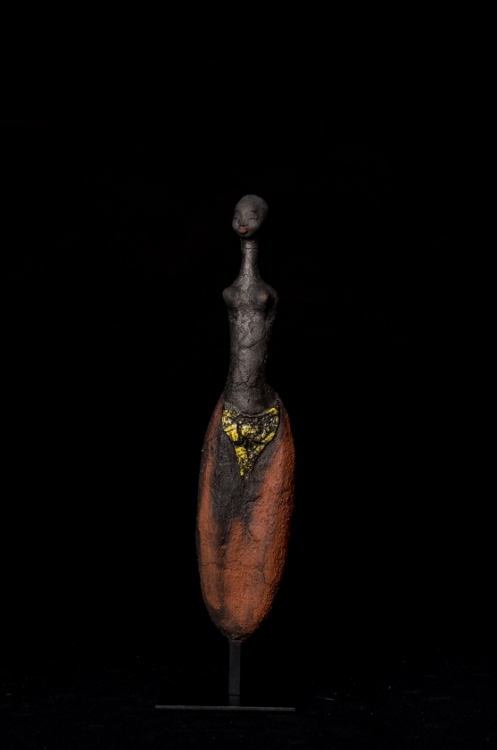 Femme Qui Sourit - Etiyé Dimma Poulsen - Leonhard's Gallery