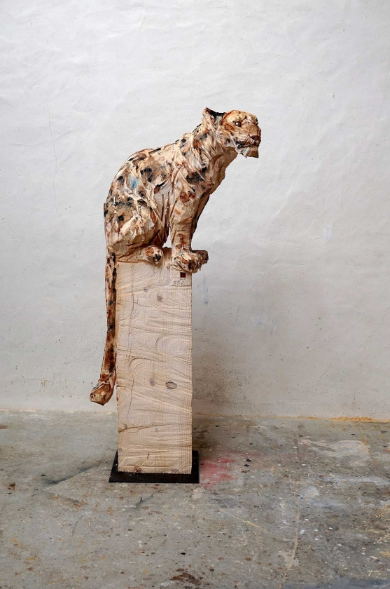 Sitting Panther To His Right - Jürgen-Lingl - Leonhard's Gallery
